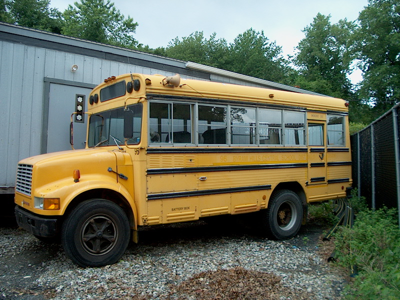 1989 Thomas-International School Bus