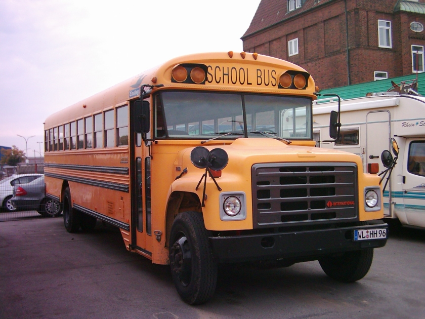 1996 International Harvester S-Series  Schoolmaster  Schulbus Hamburger Hummelbahn 01