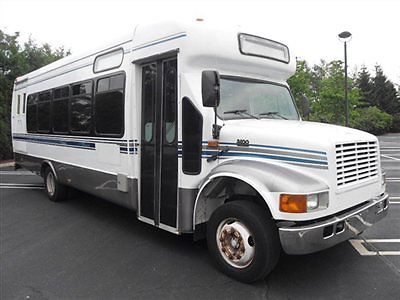 2003 International 3400 30 Pass Diesel Wheelchair Shuttle Bus