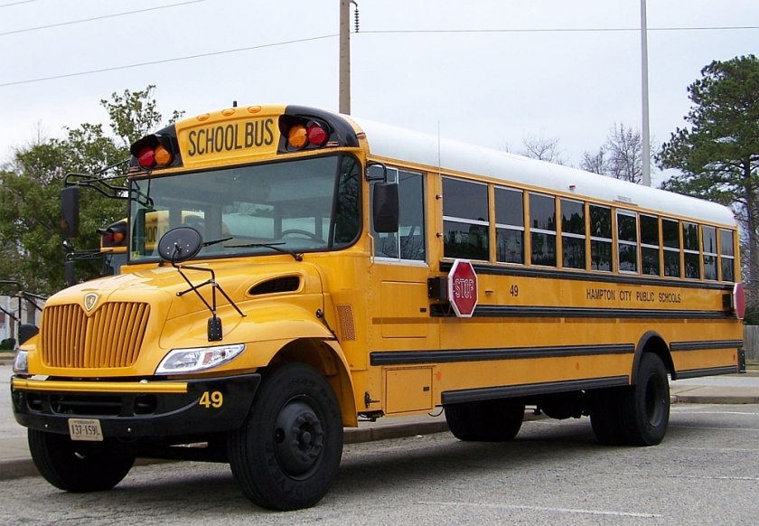2005 International 3300 HCS bus49
