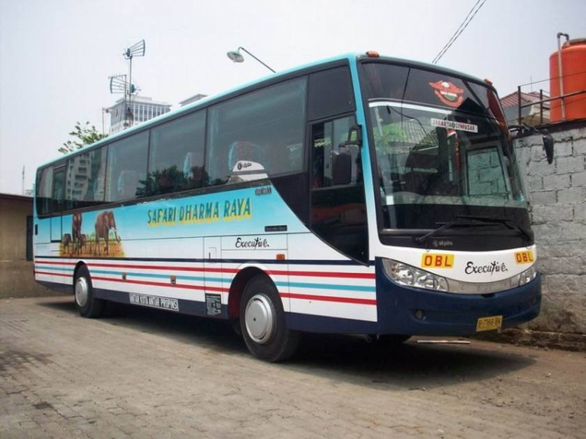 2008 Adiputro Royal Coach Setra-serie  Indonesië