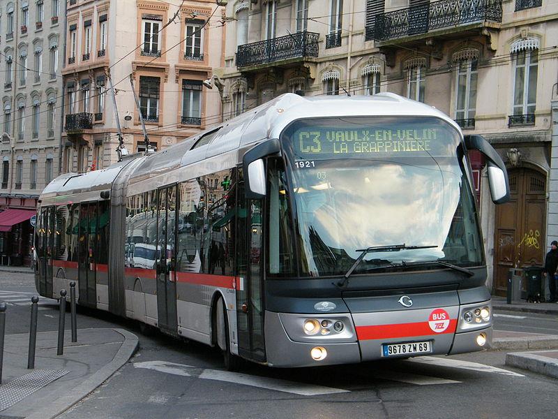 2009 Irisbus Cristalis ETB 18 van TCL