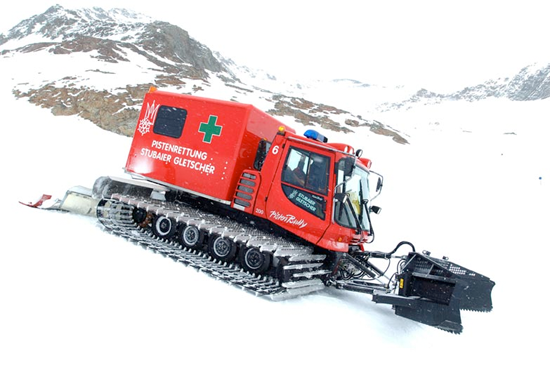 Kässbohrer Pistenbully 200  box body ambulance
