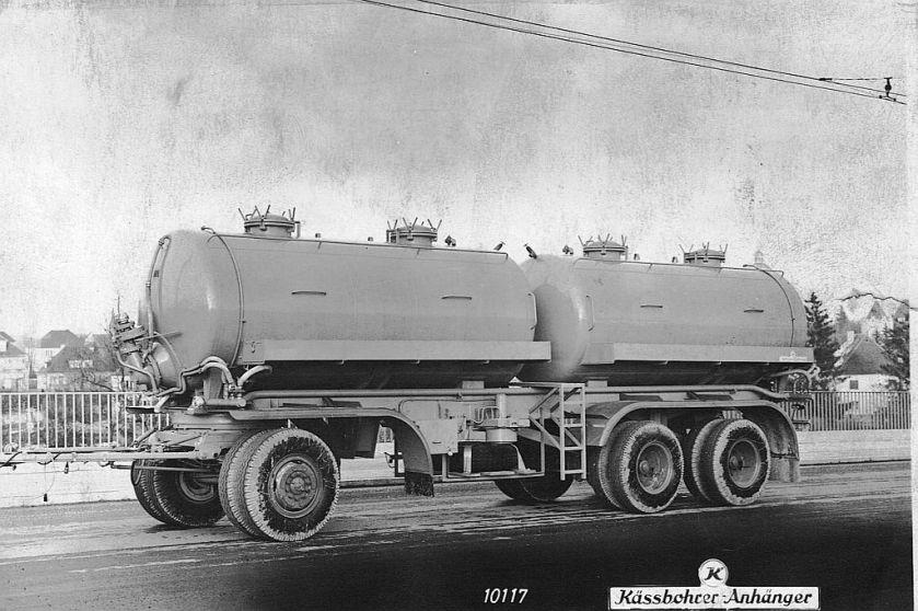 Kässbohrer tank trailer
