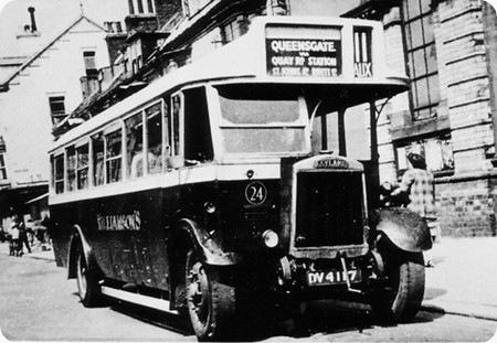 1930 Leyland Lion LT1 DV-4117 Hall lewis B32