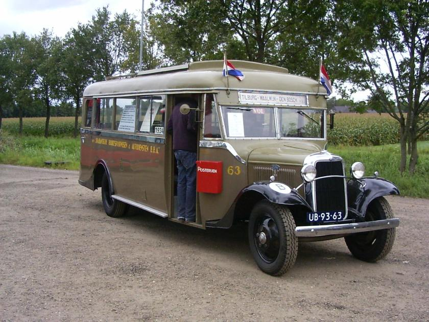 1934 Ford Motor Company-Kusters & Lemmens-bus (tegenwoordig Berkhof)