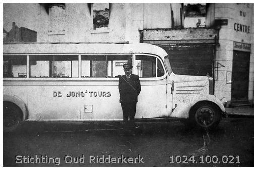 1936 Bus met chauffeur. Wagenparknummer 2. Merk Krupp. Carrosserie Quist Rotterdam. Bouwjaar 1936