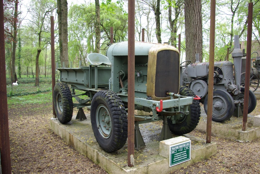 1937 Forest tractor Latil