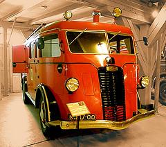 1938 Kromhout-Autocar Oude brandweerwagen in het Brandweermuseum in Hellevoetsluis