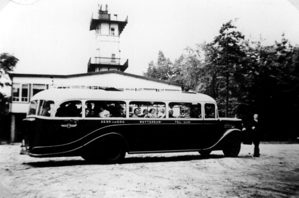1938 Krupp nr. 25 op toerrit bij de Julianatoren te Apeldoorn