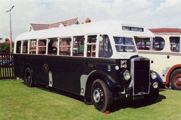 1938 LEYLAND TIGER TS8 - SUNDERLAND DISTRICT