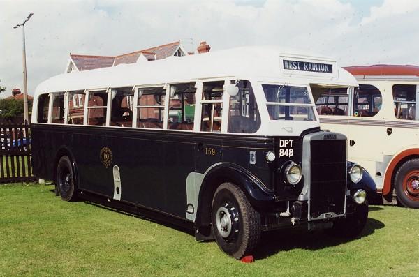 1938 LEYLAND TIGER TS8 - SUNDERLAND DISTRICT