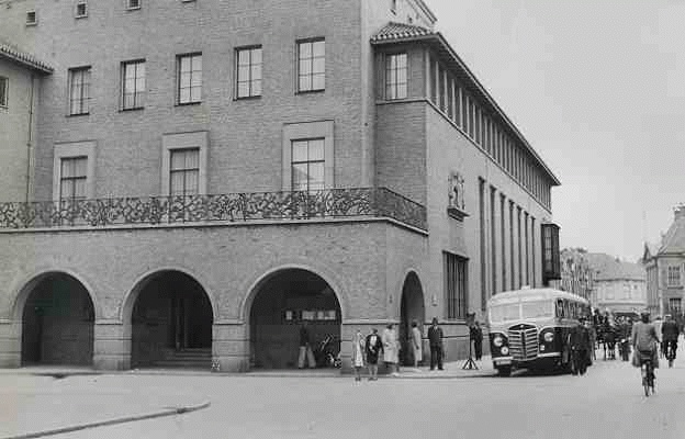 1939 Kromhout nr. 13 met carrosserie van Verheul.