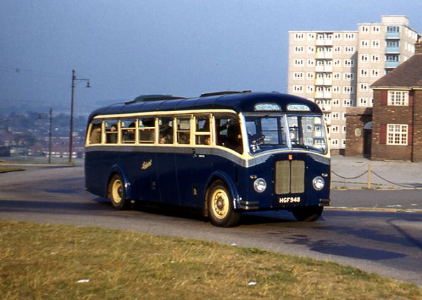 1946 Daimler CWA6 new as London Transport D271 in October 1946 with a Park Royal H30-26R body
