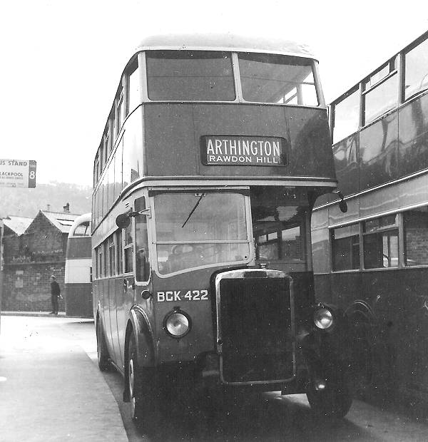 1947 Leyland PD1A with Leyland H32-26R body bck422