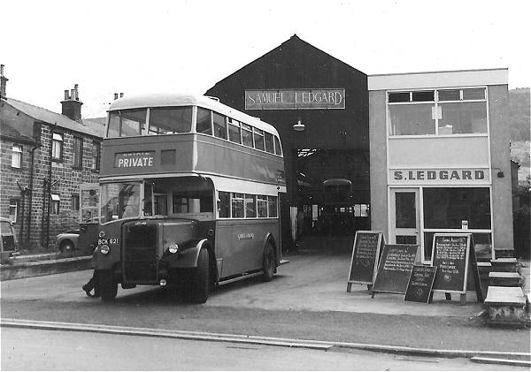 1947 Leyland PD1A with Leyland H32-26R body lgbck621