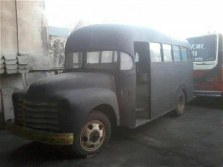 1948 Chevrolet La Favorita PRIMICIA FUTURO RETRO DE LA 12