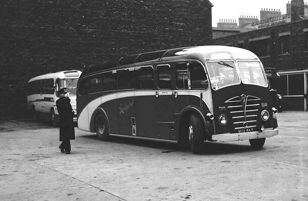 1949 Foden PVSC6 with Plaxton FC33F bodies lgmua865