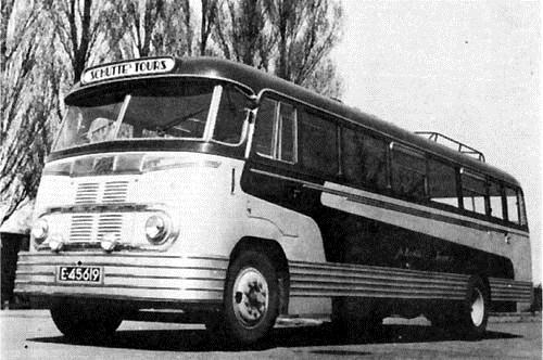 1949 Kromhout nr.19 met tweede karrosserie van Hainje