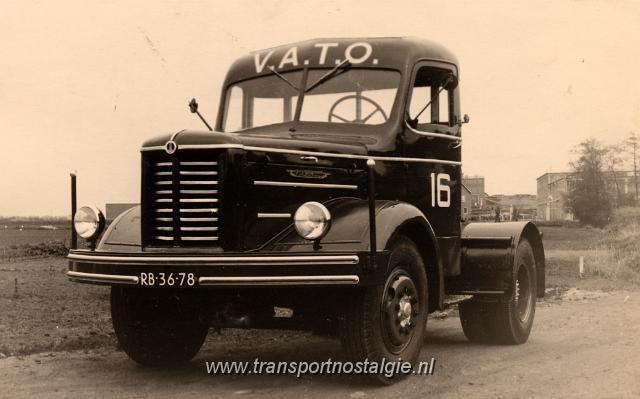 1949 Kromhout trekker no 16 Vato