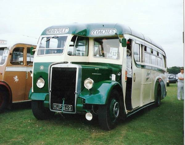1950 Leyland Tiger PS1-1 with Burlingham body lgkup949