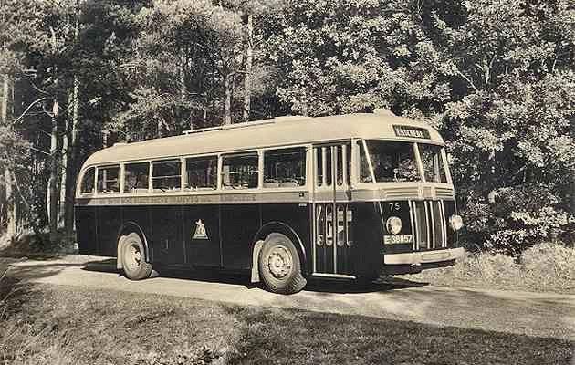 1950 Scania-Vabis nr. 75 met carrosserie van Verheul. Uit dienst 1962.