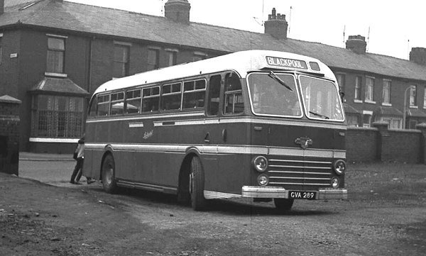 1951 Duple Roadmaster C41F bodied Leyland PSU1-11 Royal Tiger lggva289