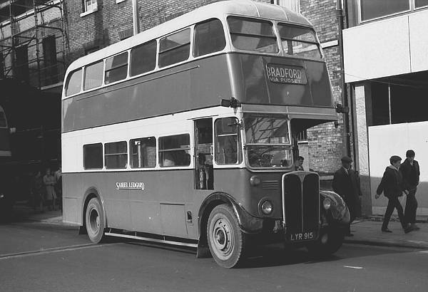 1952 A.E.C. Regent III ex London Transport RT3496 lglyr915