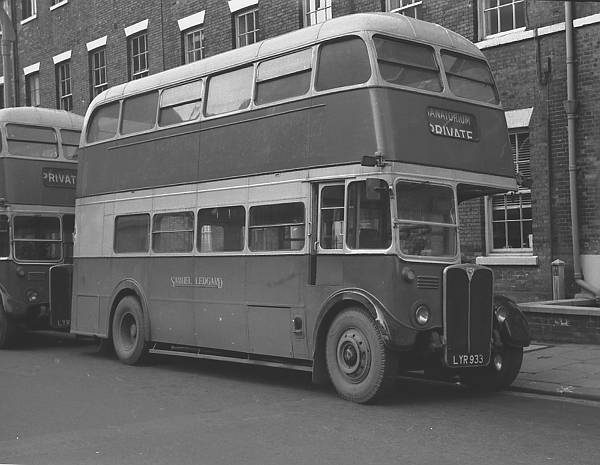 1952 A.E.C. Regent III ex London Transport RT3514 lglyr933