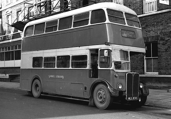 1952 A.E.C. Regent III ex London Transport RT3524 lgmll834a
