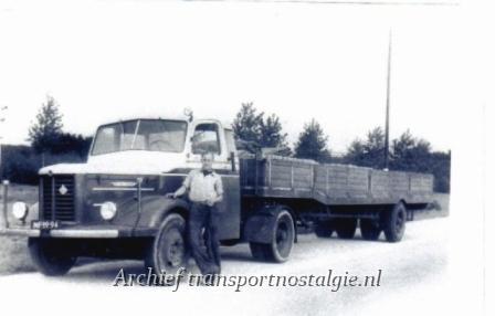 1952 Kromhout Visser Zoutkamp.jpg jaren 50