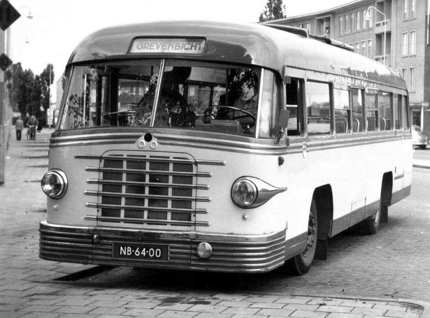 1952 Scania carr. De Groot NB-64-00