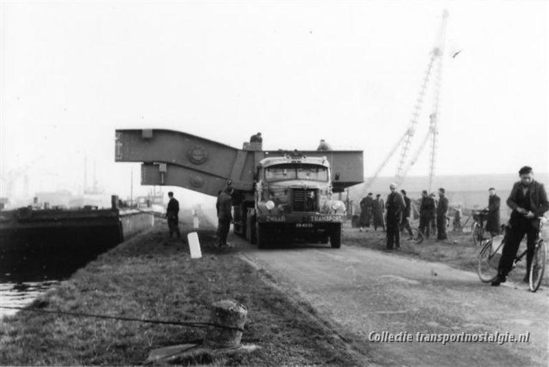 1953 Kromhout  5 lommerts Zwaar Transport