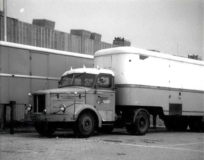 1953 Kromhout T 5 zaan expresse