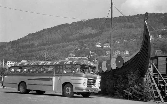 1954 0-666 fra Arna Bruk, Scania Vabis 1954-modell på plass for en tilværelse for Drosjebilsentralen