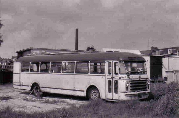1954 Scania-Vabis 47 met carrosserie van Den Oudsten. verkocht aan de Gemeente Enschede.