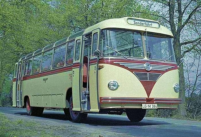 1955 Krauss-Maffei KMS-125 bus
