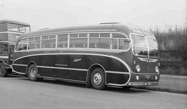 1955 Leyland Tiger Cub with Burlingham C41F body lguua796