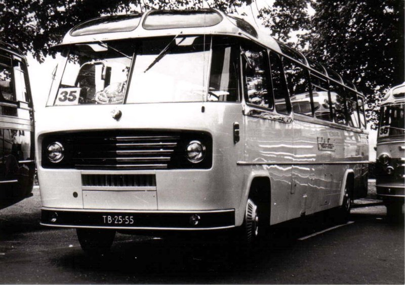 1958 Baaren van 19 Volvo König