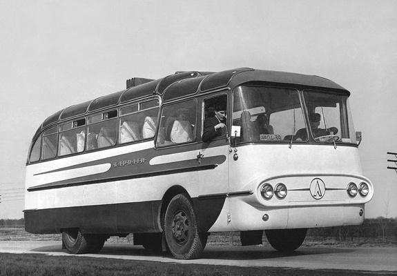 1960 laz 698