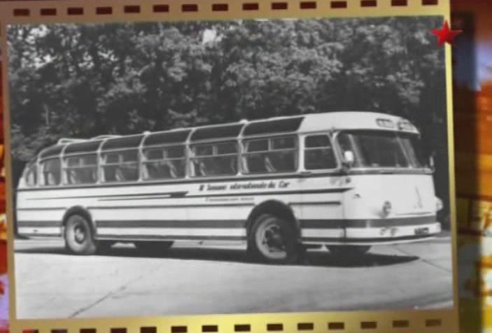 1960 laz-699-a-turist-01