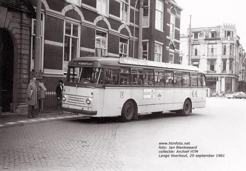1961 Kromhout-TB50 4 van lijn 1 op het Lange Voorhout in 1961