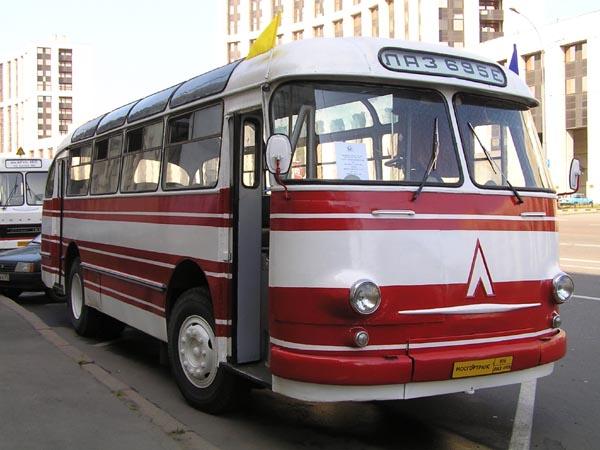 1962 laz-695-07