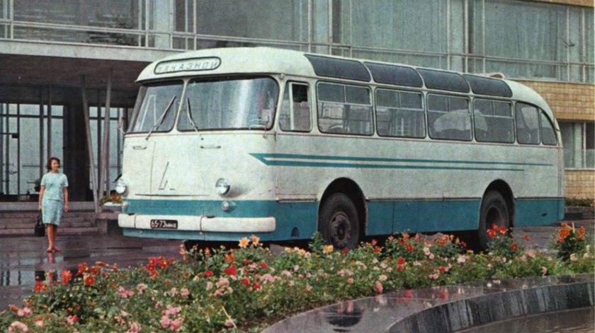 1963 LAZ 695E 4