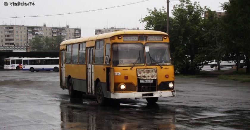 1965 LiAZ-677M