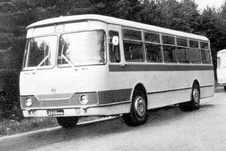 1967-94 LIAZ 677 25s 110p 4x2