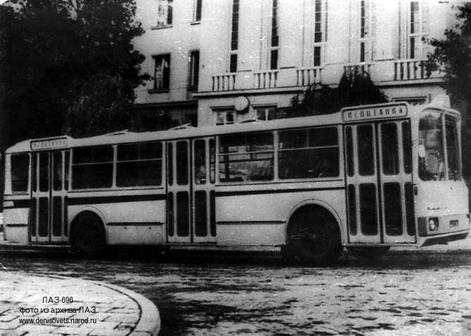 1967 LAZ 696 1
