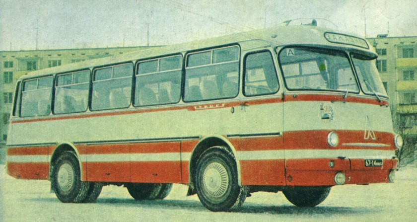 1967 laz-697-m-turist-07