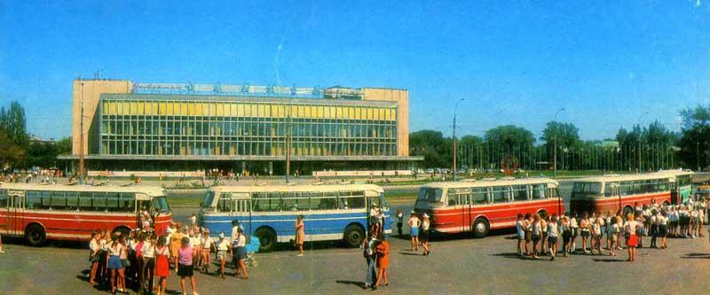 1969 LAZ 695M 2