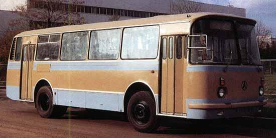 1971 LAZ 695N